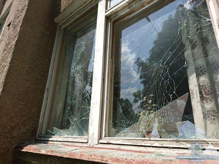 ВСветлодарске отобстрела боевиков пострадала школа