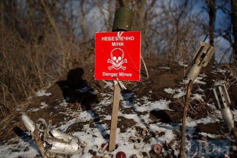 На Донбассе боевики повторно закладывают изъятую при разминировании взрывчатку