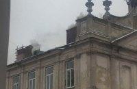 Во Львове загорелась областная больница, пациентов эвакуировали (обновлено)