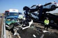 Десятки людей пострадали в масштабном ДТП к востоку от Лондона