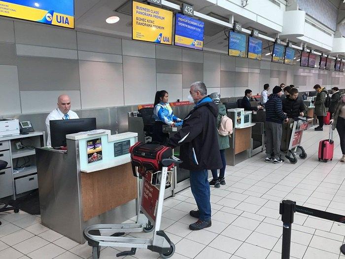 Украинских граждан эвакуируют из Канады во время пандемии