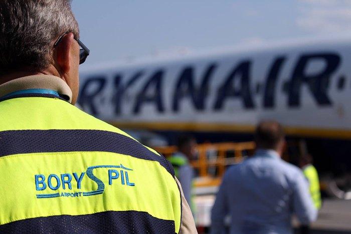 Ирландский лоукостер Ryanair начал летать в Украину с 3 сентября