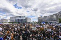 В Берлине задержали около 100 участников антирасистской демонстрации