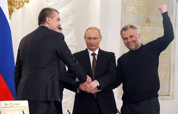 Алексей Чалый - крайний справа