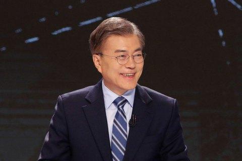 Мун Чже Ін перемагає на виборах президента Південної Кореї