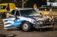У Києві в ДТП з двома легковиками три людини отримали серйозні травми