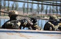 Розвідники морського спецназу провели навчання з ближнього бою в трюмах кораблів