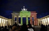 Бранденбургские ворота забаррикадируют в новогоднюю ночь, чтобы уберечь людей от терактов