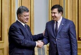 Порошенко не жалеет о приглашении Саакашвили