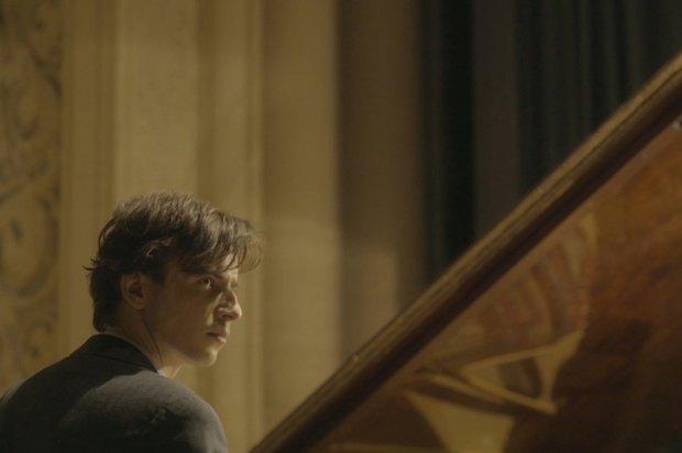 Кадр из фильма Воспоминания мертвого человека