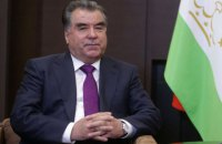 В Таджикистане президента переизбрали на пятый срок