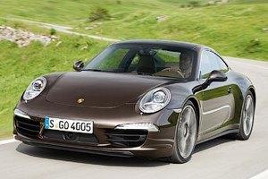 Porsche 911 Turbo научат поворачивать четырьмя колесами