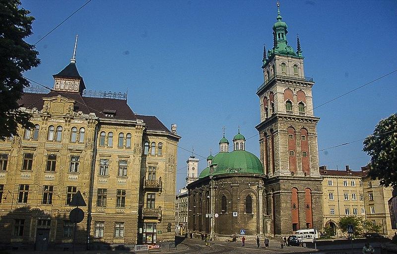 Вежа Корнякта - Успенська церква
