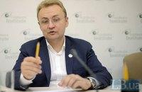 Садовий назвав ультиматумом пропозицію з приводу сміття від львівського губернатора