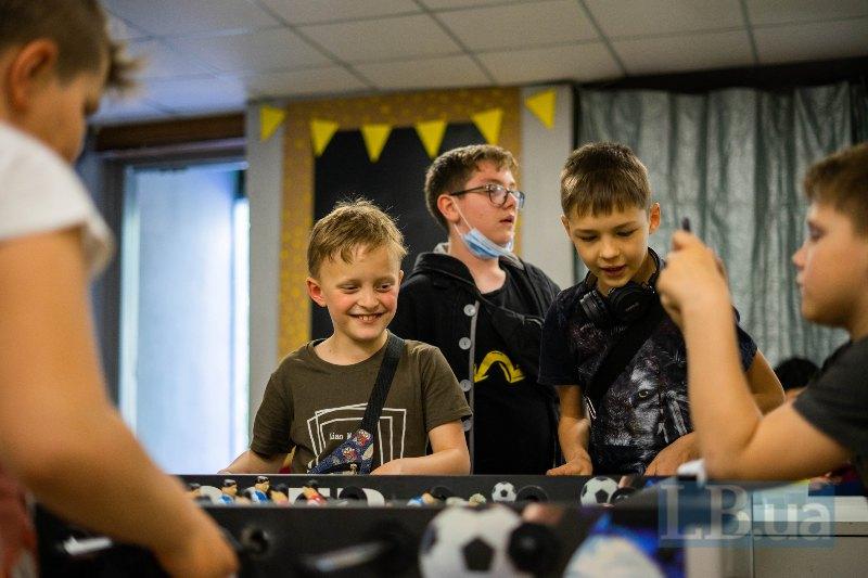 До VPN-центру діти приходять помалювати, пограти у настільний футбол, підготуватися до уроків
