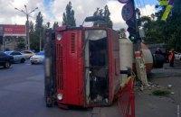 В Одессе на Люстдорфской дороге перевернулась бетономешалка