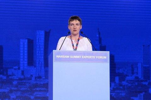 Савченко встретили овациями на саммите НАТО