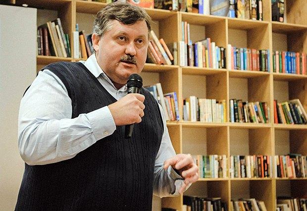 Ростислав Семків на презентації книги «Як писали класики»