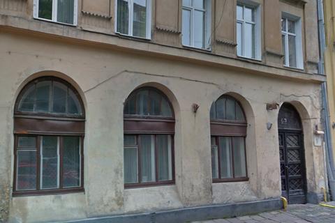 Аферисти незаконно привласнили 40 об'єктів комунальної нерухомості в центрі Львова