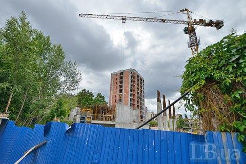 Департамент благоустрою КМДА не видавав дозвіл на обгородження місця забудови Сінного ринку в Києві будівельним парканом