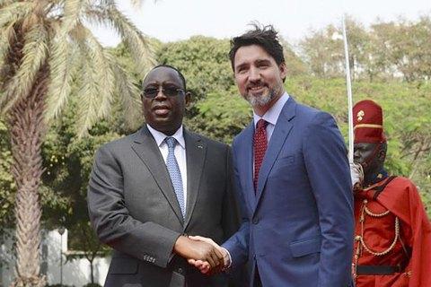 Трюдо в Африці, експансія Росії, китайські расисти і нашестя сарани. Африка: головне за тиждень