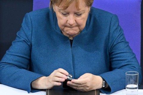 """Радник глави ОП заявив, що Меркель """"здала інтереси України на користь Росії"""""""