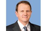Сын депутата, подозреваемого в хищении 500 млн грн, заявил о давлении СБУ