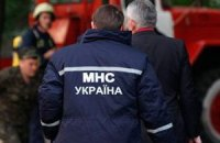 В Свердловске горит «копанка» с людьми