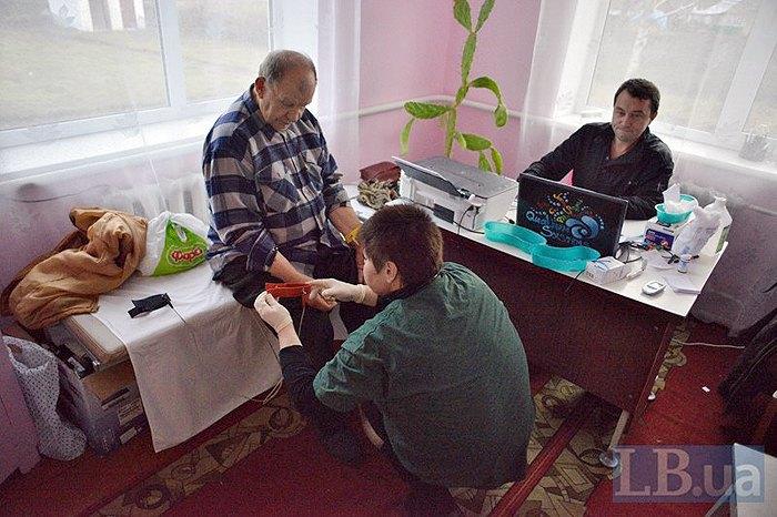 В село Панівці Хмельницької області приїхали медики-добровольці