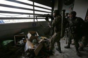 Бойовики відновили штурм аеропорту