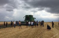 В Одесской области военные и фермеры сцепились из-за земли