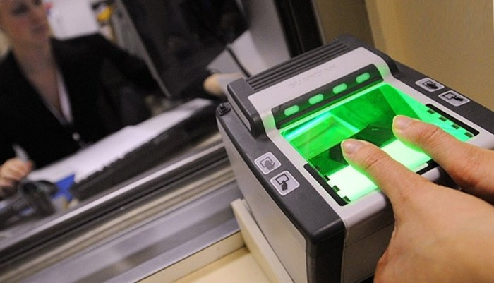 Проходження процедури подачі заявки у візовому центрі при посольстві Великобританії в Україні