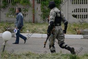 У Горлівці бойовики захопили 8 міліціонерів і автомобіль ППС