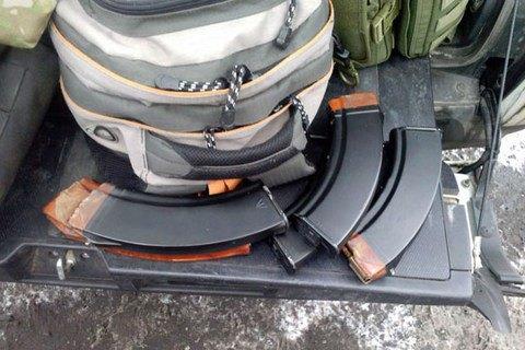 На блокпосту в Покровську затримали жителя Київської області з автоматом і боєприпасами