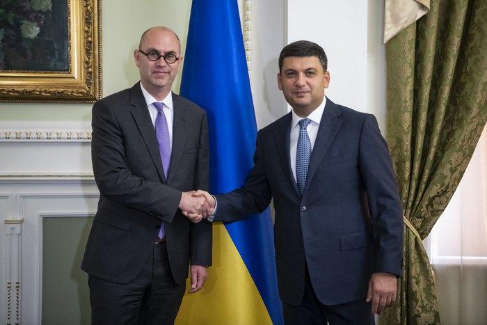 Встреча премьер-министра Украины Владимира Гройсмана и главой миссии МВФ в Украине Роном ван Роденом, Киев, 6 сентября 2018.