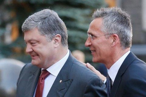 В АП сообщили, что Порошенко проведет более 15 двусторонних встреч с лидерами НАТО