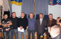 Захватчики Винницкой ОГА потребовали уволить губернатора