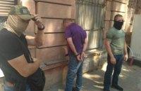 СБУ задержала одессита, который продавал оружие по интернету