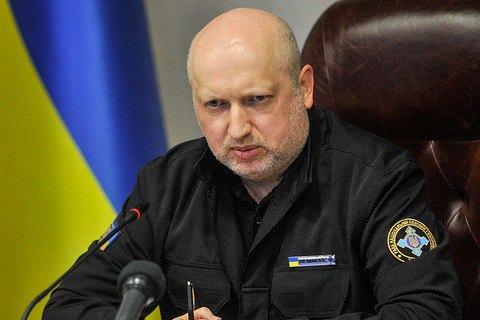 Турчинов: Муженко должен понести ответственность за взрывы на складах боеприпасов возле Калиновки