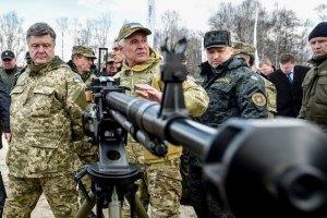 """Порошенко: """"Мы танками и БТРами бьем по безработице"""""""
