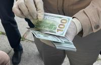 Ексспівробітниця ДАБІ у Львівській області попалася на хабарі $ 20 тис.