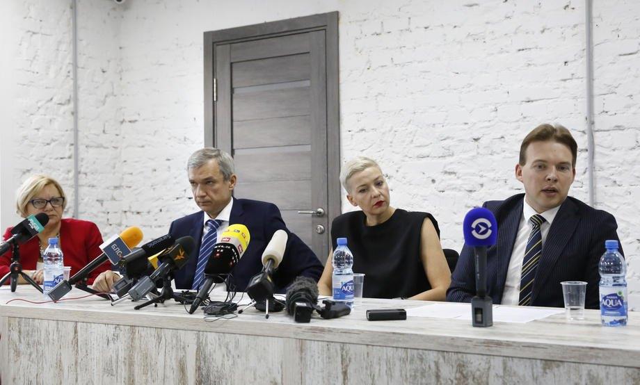 Во время пресс-конференции Координационного совета оппозиции (слева-направо): Лилия Власова, Павел Латушко, Мария Колесникова и Максим Знак, Минск, 24 августа 2020.