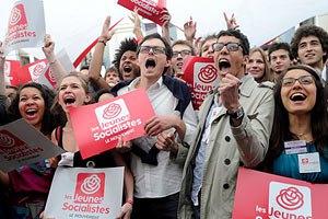 Социалистическая партия Франции уверенно победила на выборах