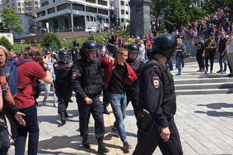 Антикорупційні мітинги вРосії: силовики затримують людей