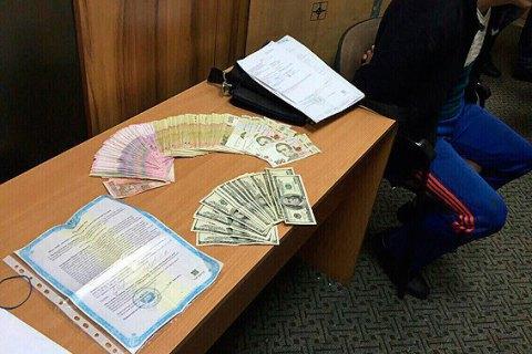 В Одесі шахрай отримав доступ до чужого банківського рахунку з 1,5 млн гривень