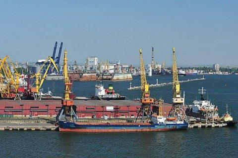 Одесский порт - единственный в Украине, который сам не занимается перевалкой грузов, - начпорта Игорь Ткачук
