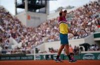 На Roland Garros м'яч застряг у шийці ракетки