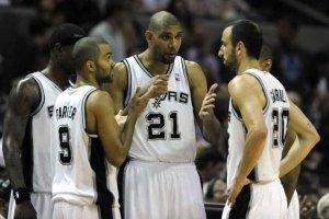 """НБА: """"Оклахому"""" пришпорили в Сан-Антонио"""