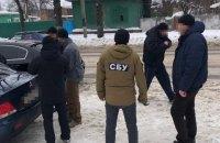 У Чернігівській області майора поліції затримали під час отримання $3 тис. хабара
