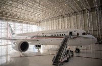 Президент Мексики запропонував розіграти урядовий літак у лотерею